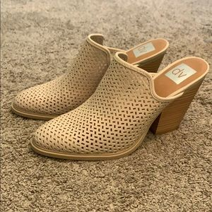 DV by Dolce Vita Tan mules new never worn